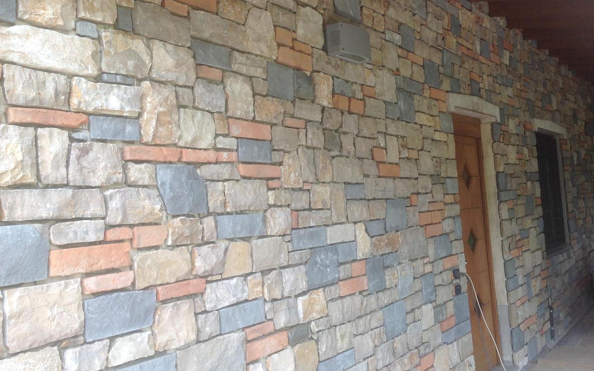 Pietre naturali basso spessore o sottili per interni ed for Mattoni e pietra americani